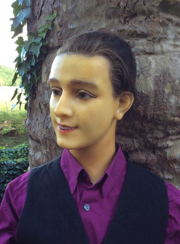 Ancien mannequin androgyne.