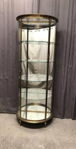 Ancienne vitrine de magasin.(réservée O.T)