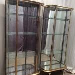 Paire de vitrines anciennes de magasin.
